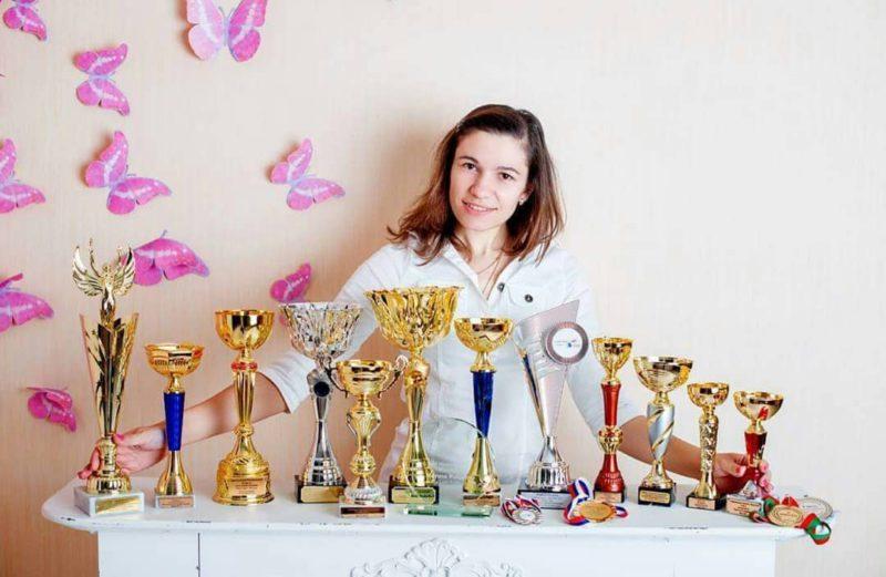 Отзыв о хне BrowLine Henna Professional. Наталья Берлинская - Цюрих, Швейцария